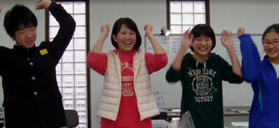中学受験に合格した受験生たち